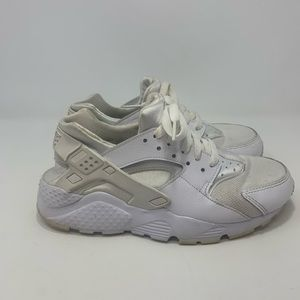Nike Huarache Girl's White Sneakers Size 5.5Y
